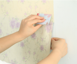 Gỡ bỏ decal dán tường với 5 bước đơn giản